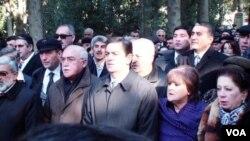 Milli Azadlıq hərəkatının lideri Əbülfəz Elçibəyin məzarını ziyarət