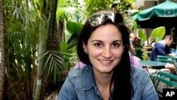 Anne Smedinghoff, de 25 años, una oficial de prensa de la embajada de Estados Unidos en Afganistán, murió el sábado en un atentado con coche bomba.