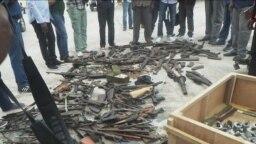 Armes et munitions collectées à Vindza dans le Pool, au Congo-Brazzaville, le 9 septembre 2018. (VOA/Arsène Séverin)