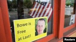Tanda dukungan bagi Sersan Angkatan Darat Bowe Bergdahl terlihat di Hailey, Idaho (1/6).