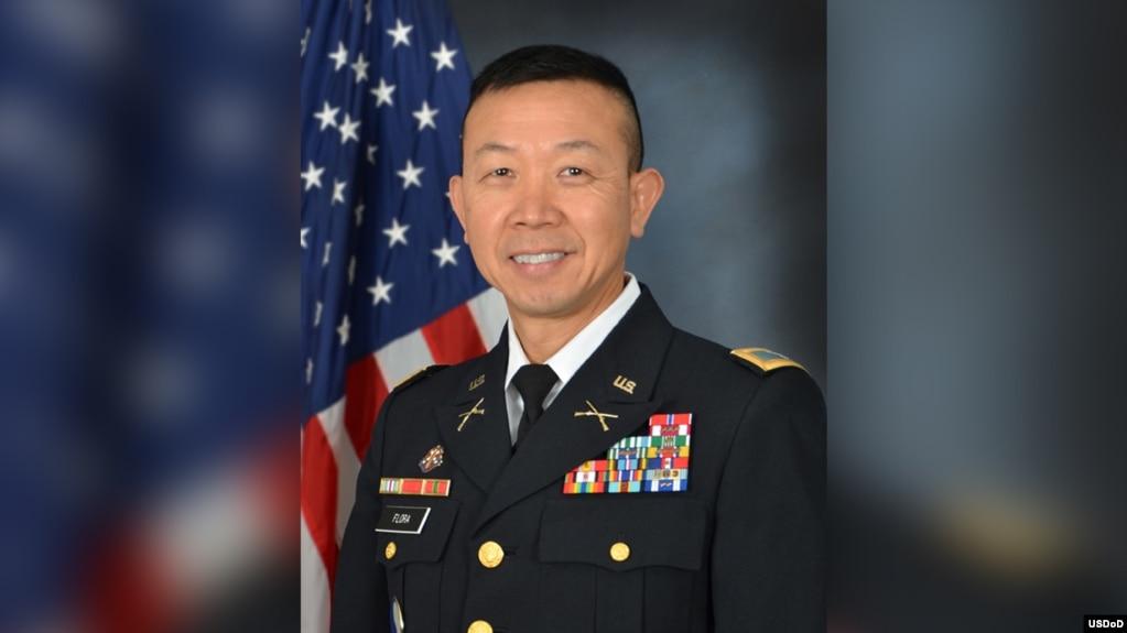 Ông Lapthe Flora đã được thăng hàm cấp tướng vào năm 2016.