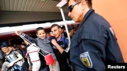 Migranti u nemačkom pograničnom gradu Frajlasingu