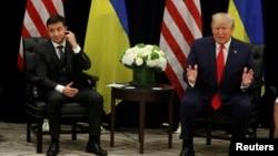 Una foto del presidente de EE.UU., Donald Trump y su homólogo ucraniano Volodymyr Zelenskiy del 25 de septiembre de 2019 en Naciones Unidas.