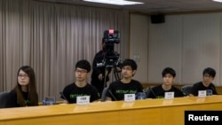 Anggota Federasi Mahasiswa Hong Kong. Dari kiri: Yvonne Leung, Nathan Law, Alex Chow, Lester Shum, Eason Chung (Foto: dok).
