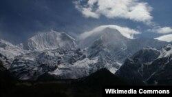 位於尼泊爾境內的世界第八高峰馬納斯魯峰(資料照片)