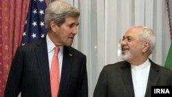 16일 미국의 존 케리 국무장관과 이란의 무함마드 자바드 자리프 외무장관이 이란 핵 협상을 위해 스위스에서 만났다.