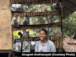 Riset Koordinator Orangutan Tapanuli Stasiun Batang Toru, Sheila Kharismadewi Silitonga. (Foto: Anugrah Andriansyah/VOA)