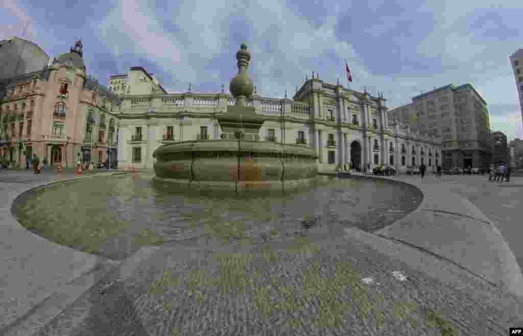 نمایی از کاخ ریاست جمهوری در شیلی
