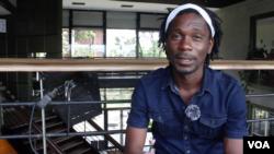 'No' en pleine prestation au carrefour Awendje à Libreville, le 24 janvier 2020. (archives fournies par 'No')