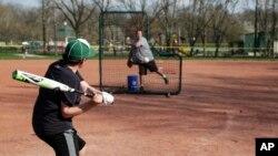 Krajem maja, nastaviće se sportovi za mlade u Teksasu a guverner je dozvolio i otvaranje letnjih kampova.