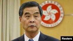香港特首梁振英(2014年11月 资料照片)