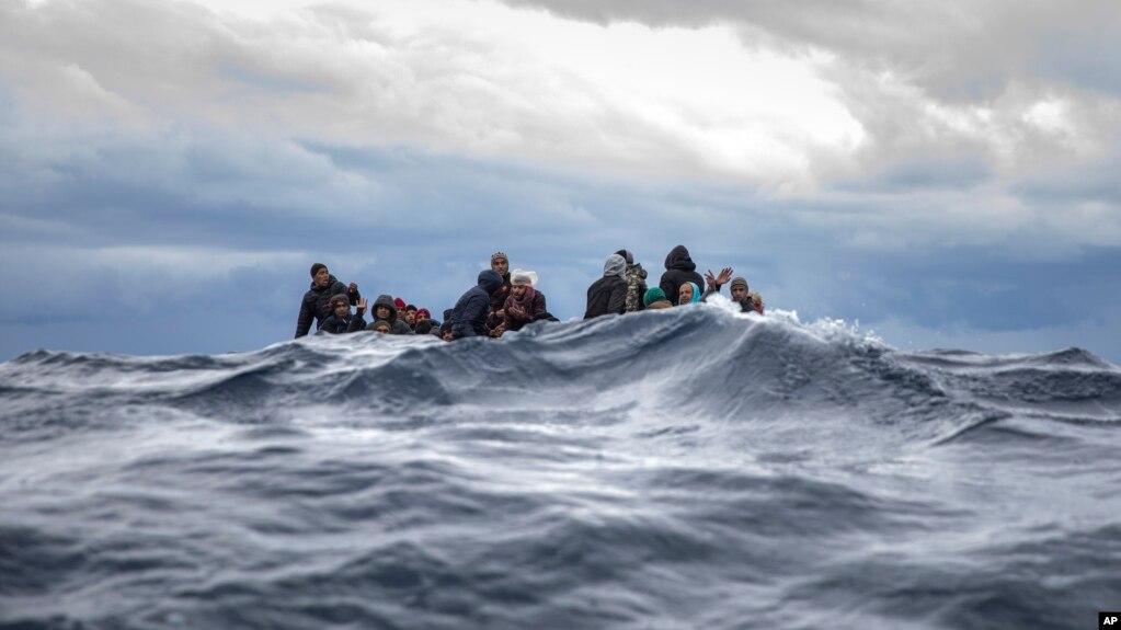 Greqi, mbytet varka me emigrantë