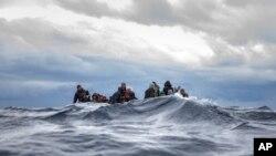 Migrantes na costa da Líbia. 10 de janeiro 2020
