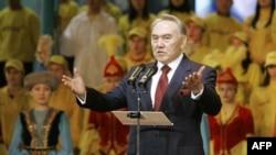 """""""Nazarboyev yaxshi rahbar, lekin Yaqin Sharqda prezidentlar holini ko'rib turibdi"""""""