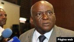 Angola Fala Só Pastor Luís Nguimbi