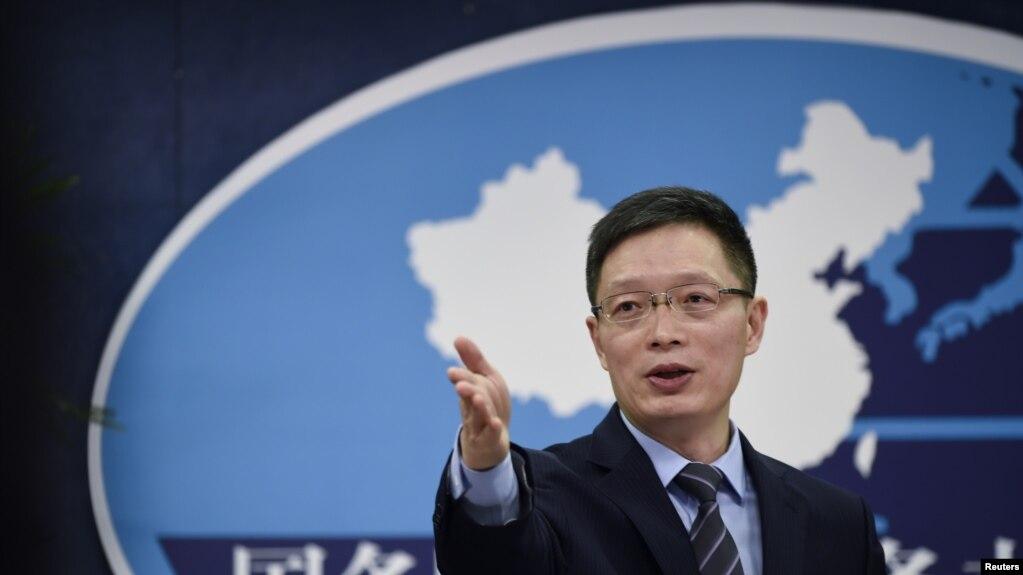 中國國台辦發言人安峰山2016年12月主持一次記者會(路透社)