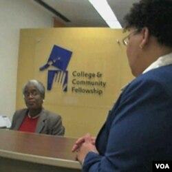 Rutan perempuan Bedford Hill di New York mendirikan program bantuan kuliah 'College and Community Fellowship' (CCF) bagi para napinya.