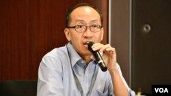 香港大學新聞及傳媒研究中心副教授傅景華 (美國之音 湯惠芸拍攝)