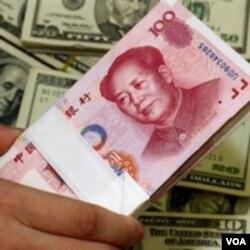 Pemerintah AS terus menekan pemerintah Tiongkok untuk melonggarkan kontrol atas mata uang yuan.