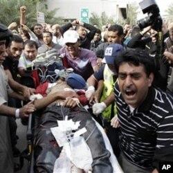 2月17日巴林反政府示威遭到安全部队的镇压