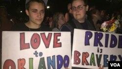 Vigilia em Orlando (K. Gypson/VOA)