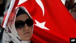 په ترکیه کې د افغانستان سفارت وایي شاید شاوخوا ۸۰زره افغانانو د ترکیې د اقامت اسناد اخیستي وي