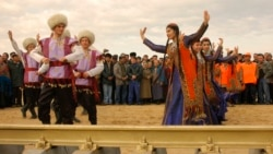Turkmanistonda o'zbeklar, til va e'tibor - Malik Mansur