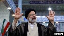 Nucléaire iranien: le président élu dit vouloir du concret