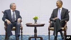 Президент Кубы Рауль Кастро и президент США Барак Обама