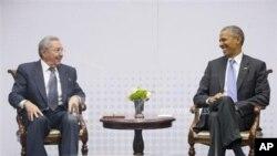 Raúl Castor e Barack Obama encontraram-se em Abril