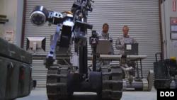 自動化作戰將是美軍第三次抵消戰略的重要內容 (美國國防部照片)