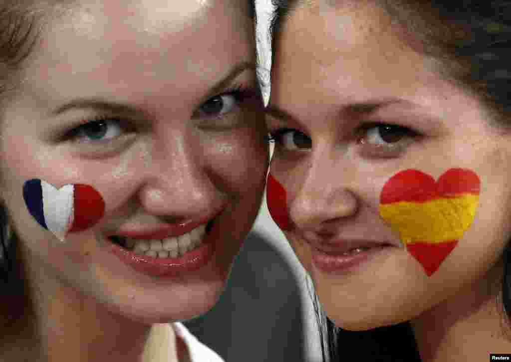 Евро-2012. В кадре только девушки