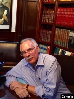 Javier Maza, analista político y experto en campañas y debates políticos