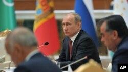 Саммит лидеров стран СНГ. Ашхабад, Туркменистан. 5 декабря 2012 года