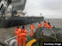 2019年1月7日马祖海巡队取缔中国抽砂船(台湾海巡署提供)