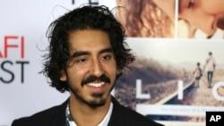 """Dev Patel lors la première de """"Lion"""" à l'occasion de l'American Film Institute Festival à Los Angeles, le vendredi 11 novembre 2016."""