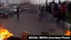 اعتراضات مردم اصفهان به خاطر مشکلات آب در آن ولایت در دومین روز نیز ادامه یافت.