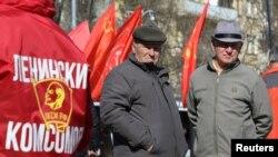 俄罗斯共产党的支持者在克里米亚举行集会支持公民社会和社会权利。(2019年3月23日)