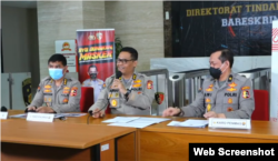 Kepala Divisi Humas Polri Irjen Argo Yuwono saat menggelar konferensi pers di Jakarta, Jumat, 9 Oktober 2020. (Foto: screenshot)