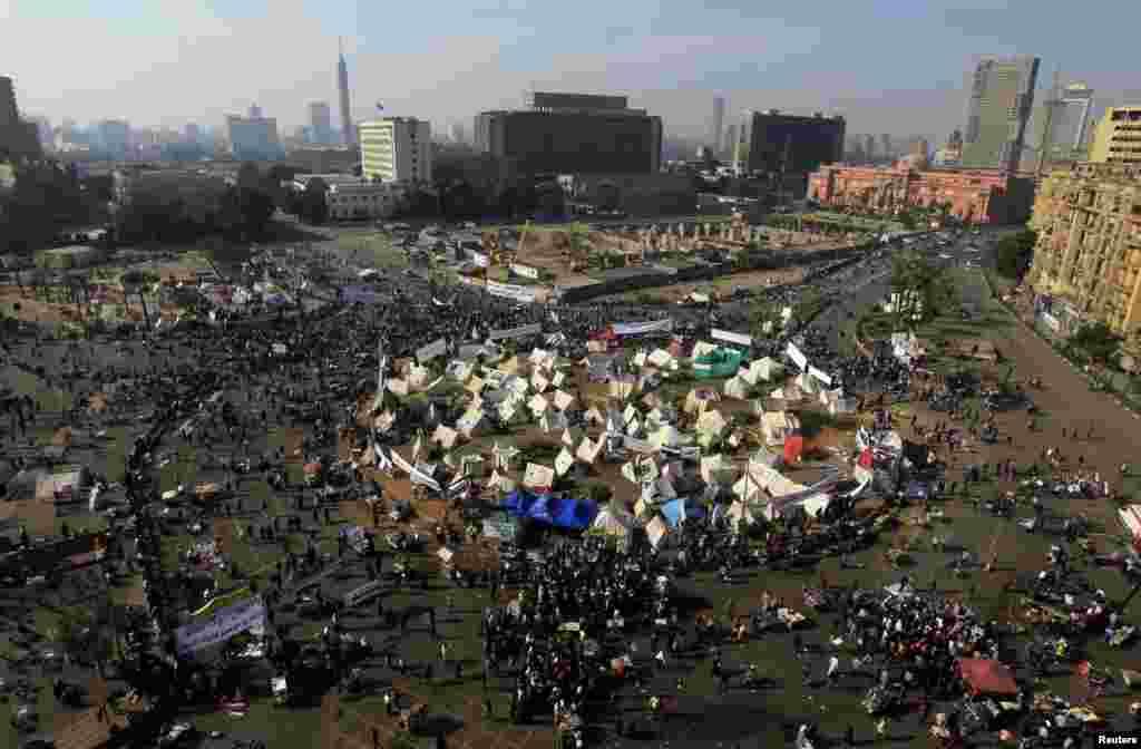 Protesters in Tahrir Square in Cairo, Egypt, November 30, 2012.