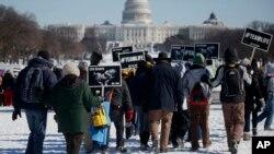 Miles salen a protestar en Washington contra la ley que legaliza el aborto aprobada hace 41 años. Esta marcha se ha vuelto en una tradición.