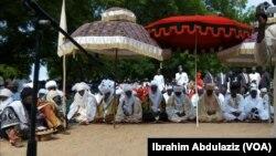 Lamidon Adamawa, Sarakuna da Majalisarsa a filin idi lokacin babbar sallah yau a Yola