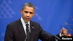 바락 오바마 미국 대통령이 25일 핵안보정상회의가 열린 네덜란드 헤이그에서 우크라이나 사태에 관한 입장을 밝히고 있다. (자료사진)