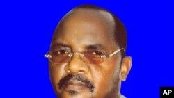 No poder ou não? Jota Filipe Malakito insiste que é o presidente da comissão do protectorado da Lunda. Os seus oponentes acusam-no de ter sido subornado pelo governo angolano