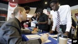 Feria de empleos en Sunrise, Florida.