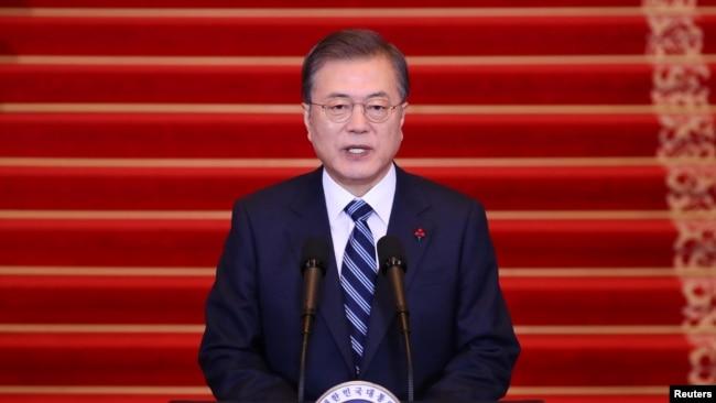 韩国总统文在寅(资料照片)