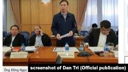 Ông Đồng Ngọc Ba, một cục trưởng thuộc Bộ Tư pháp Việt Nam, gặp báo chí hôm 29/1/2019