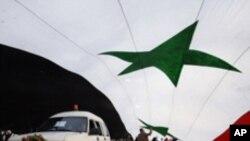 انتقال زندانیان در تاسیسات نظامی سوریه