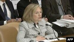 Sekretarja Klinton paraqiti përparësitë për buxhetin e politikës së jashtme