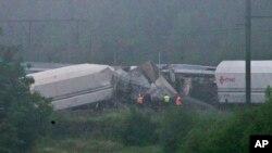 2016年6月6日在比利时东部,一列客车与一列货车的尾部相撞。